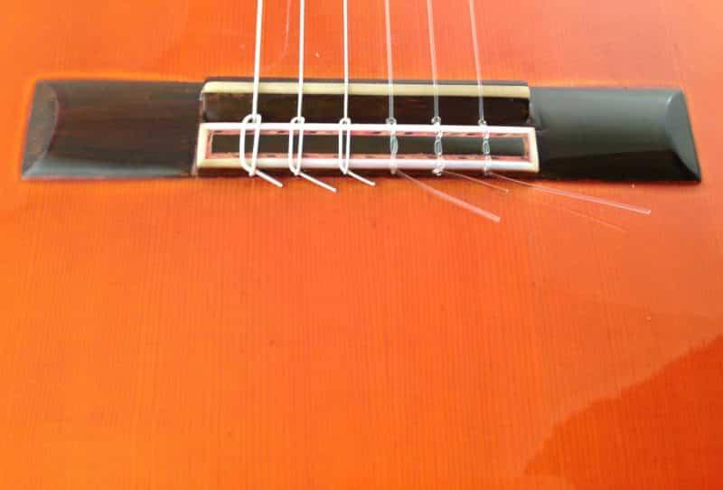 Guitarra esteso 1945 puente